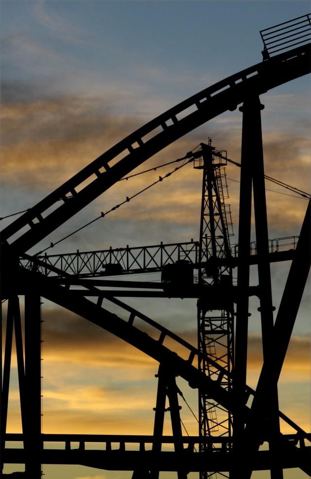 Coaster lines, NYNY coaster at sunrise
