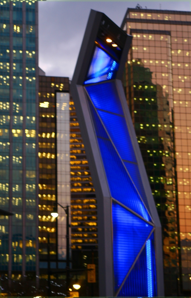Put on the blue light, Downtown Vancouver 003