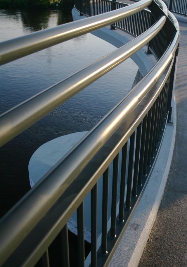 Railings of Lowry Bridge 002