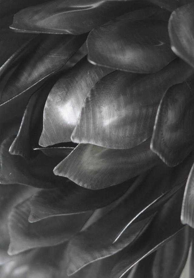 Detail of metal sclupture of sunflower