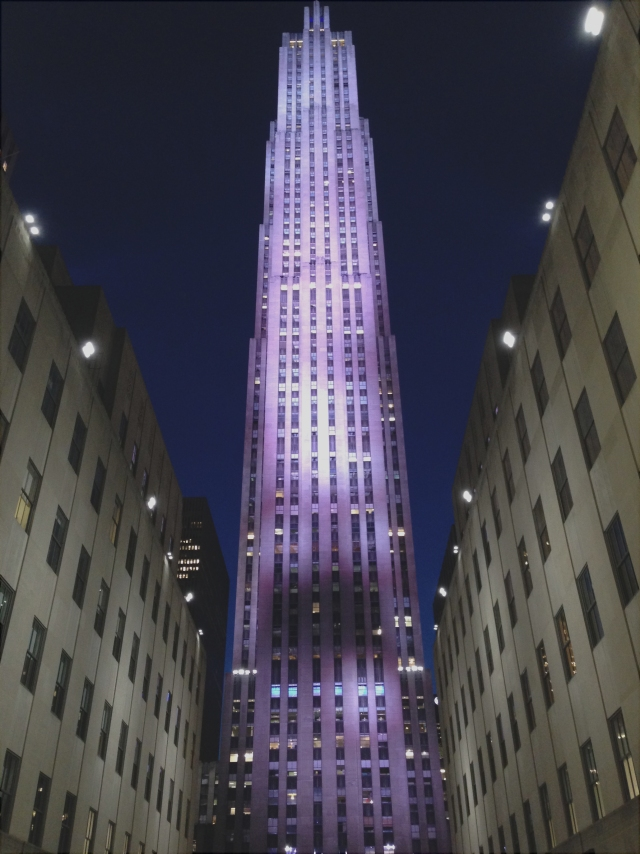 Purple Rock, Rockefeller Center