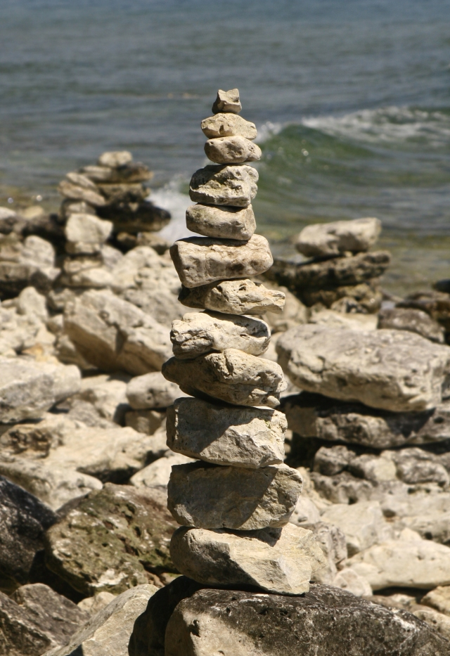rock-tower-door-county