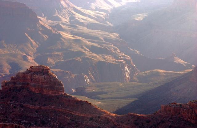 deep-view-into-the-hazy-canyon-grand-canyon-3-17