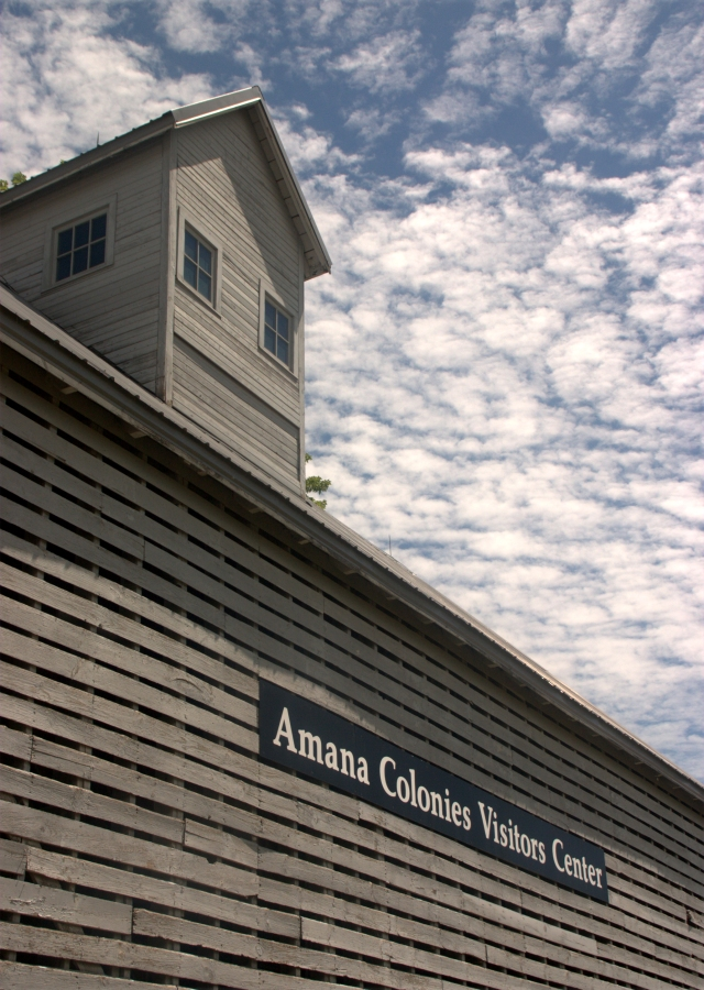 amana-colonies-visitor-center-building-amana-ia