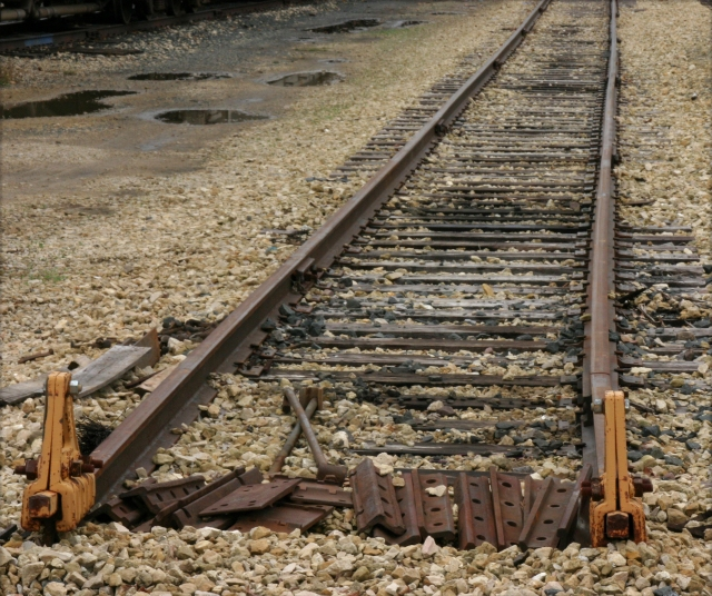 end-of-the-tracks-red-wing-mn